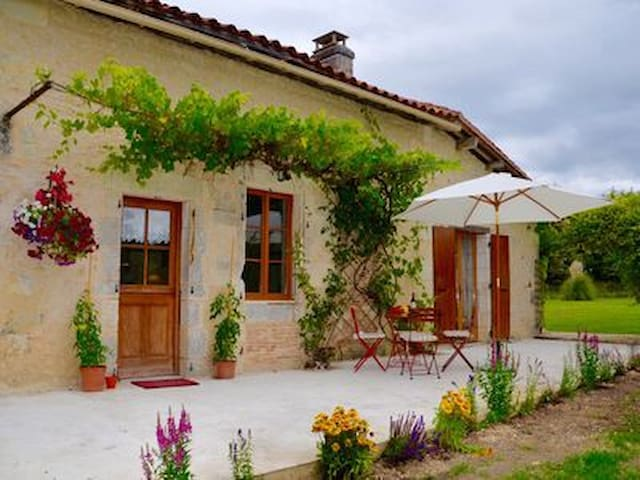 Self catering accommodation with private pool
