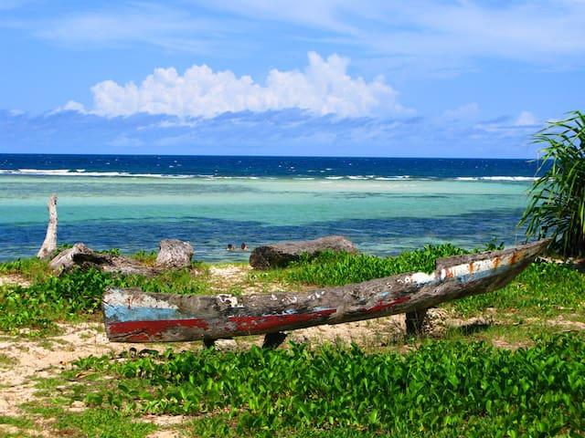 KASA - beachfront family size home, sleeps 8 to 10