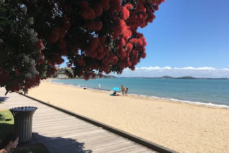 St Heliers Apartment-Amazing location beach close - Auckland