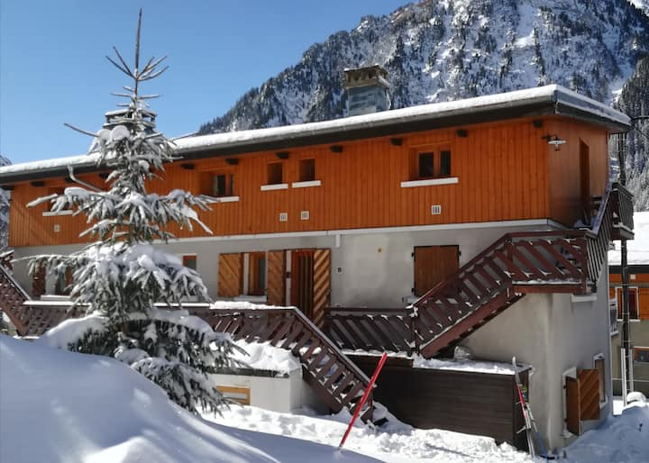 Appartement (40 m²), bien  équipé, pistes à 200 m