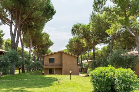 Il paradiso, Ground floor apartment with garden