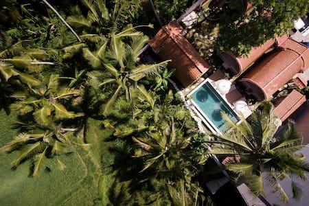 Lumbung Bungalow With Garden View @Puri Lumbung