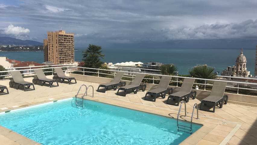 Résidence sécurisée à 50 mètres de Monaco!