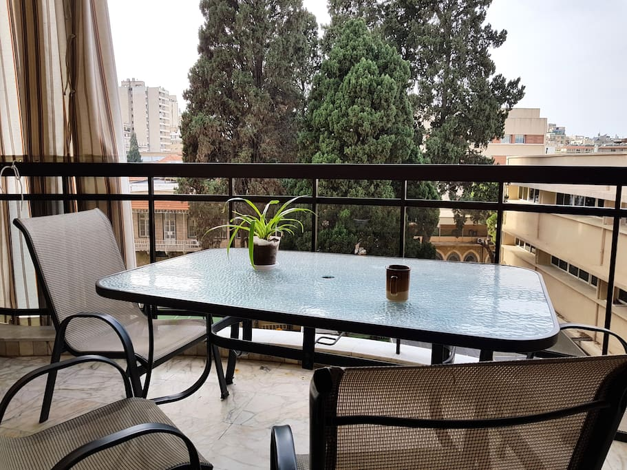 enjoy coffee and breakfast with a view on the open balcony!