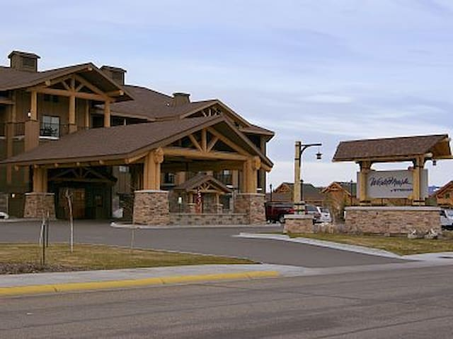 2 BD Condo - 1 Block from West Yellowstone - West Yellowstone - Appartement en résidence