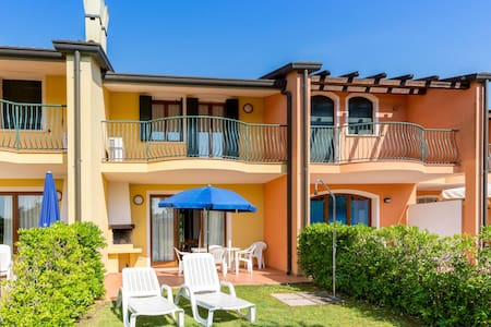 Nice apartment with AC on great Isola di Albarella