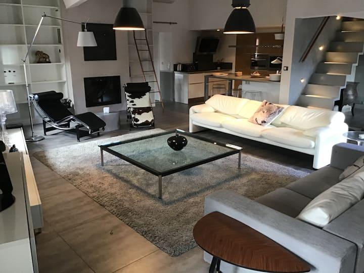 Superbe appartement duplex avec jacuzzi extérieur