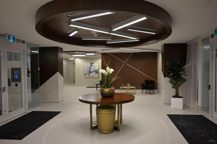5-Star 2 Bdr Condo at luxury Friday Habour Resort