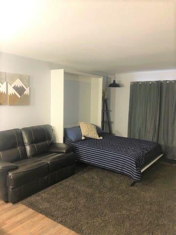 Murphy bed set up