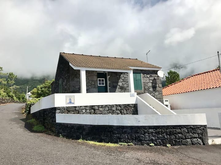 Adega O Galeão, Ilha do Pico,Açores