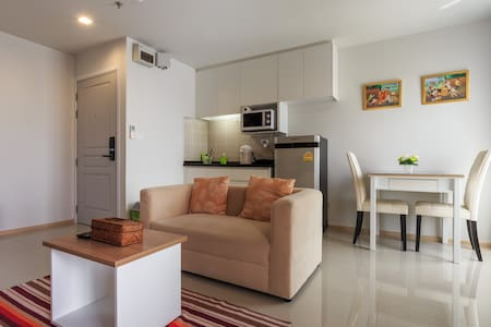 Brand New Condo wt Great facilities - Apartamento