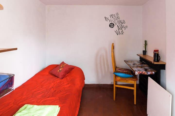 Morenada - Buenos Aires - Bed & Breakfast