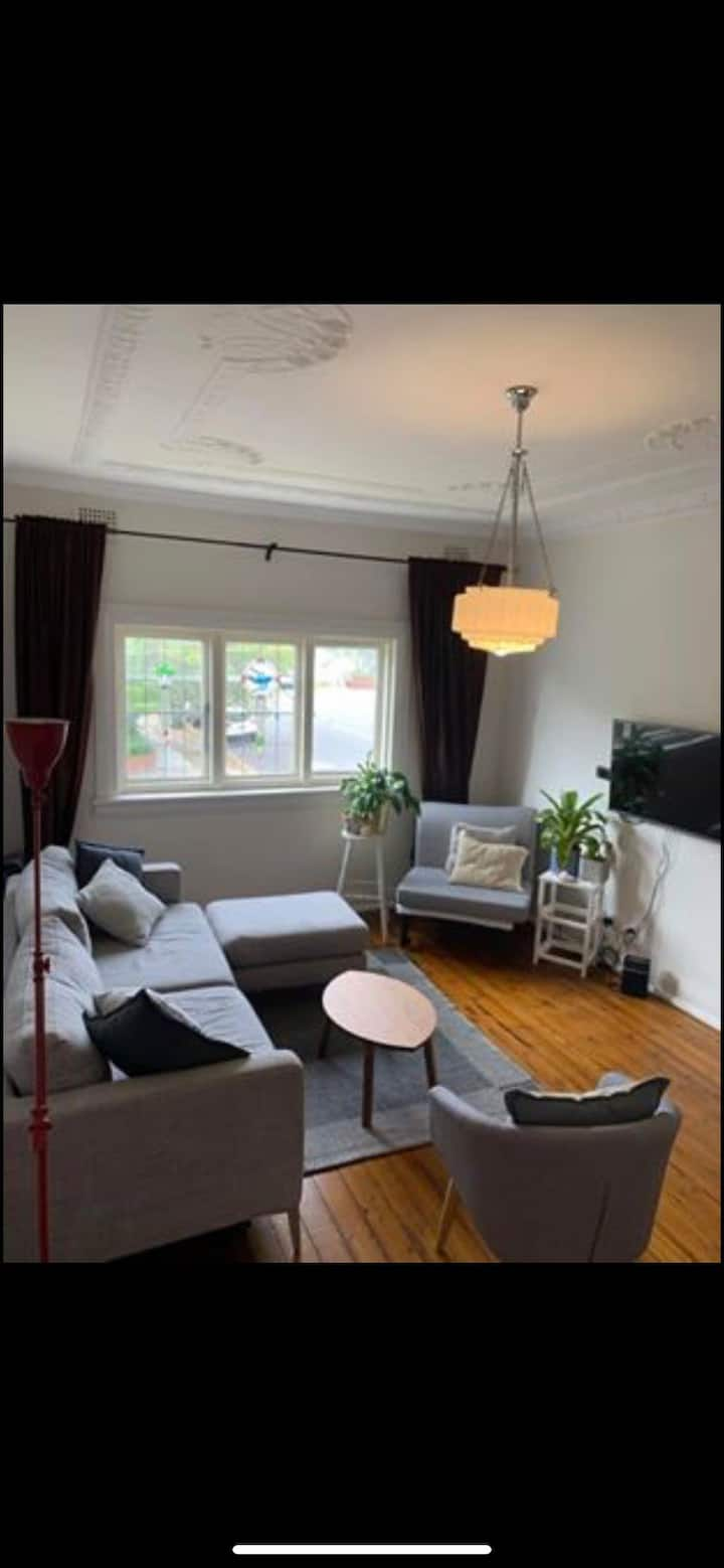 Beautiful, large,  light, airy Art Deco apartment