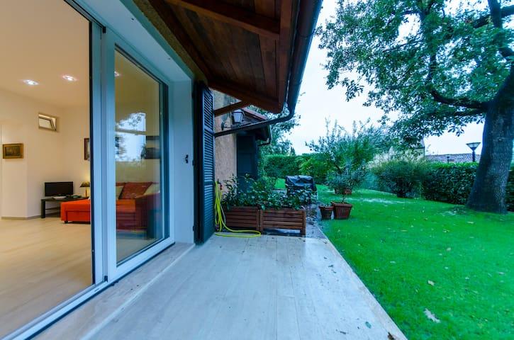 ALTIDO Golf Garlenda - Charming Villa Guest House
