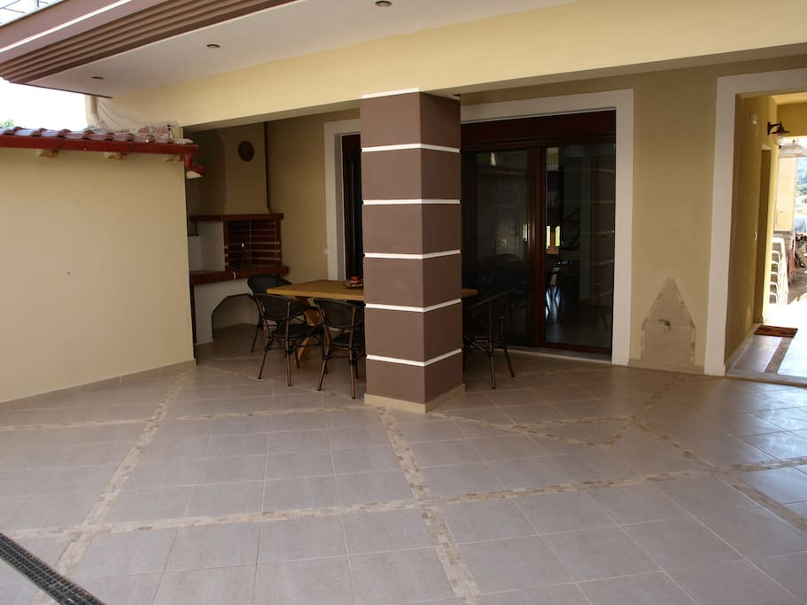Front of house - Ground floor