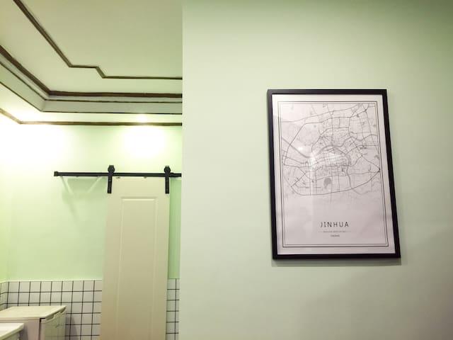 姜饼屋【butter】最最市中心的中心两室一厅朝南大阳台