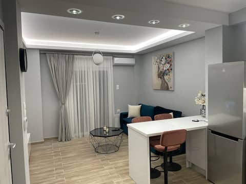 Modern & Comfortable Apartment 3'From Piraeus port