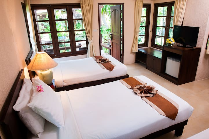 Intimate Cottage on Samui