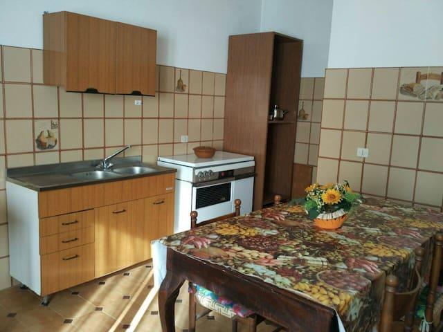 Ampio Appartamento per Vacanze - Zungri - Flat