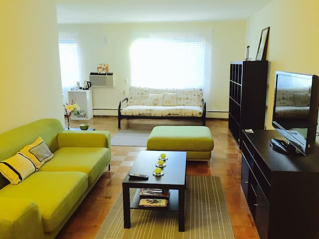NearDC,FREE PARKING,4minsWALK2metro,3beds,1-6guest - Arlington - Huoneisto