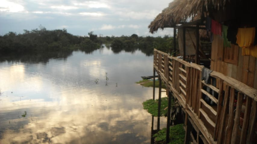 Big tipical house of wood - Iquitos