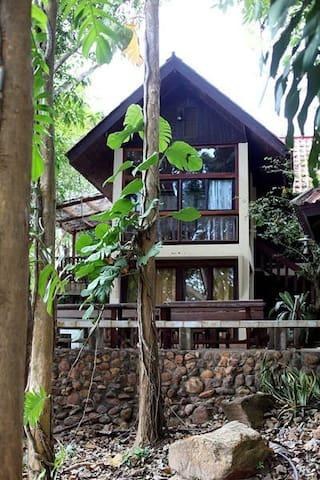 ไพรเพ็ชร รีสอร์ท Praipetch Resort - Kaeng Kra Chan - Oda + Kahvaltı
