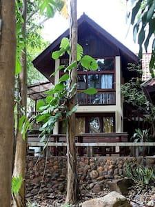ไพรเพ็ชร รีสอร์ท Praipetch Resort - Kaeng Kra Chan