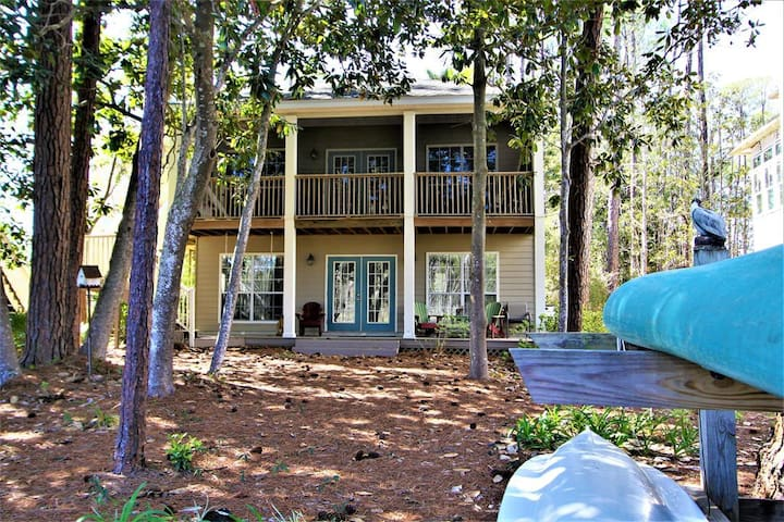 On the Canal, Kayak in Nature Preserve, Near Beach, Available Oct 14-Nov 8 at a Steep Discount!