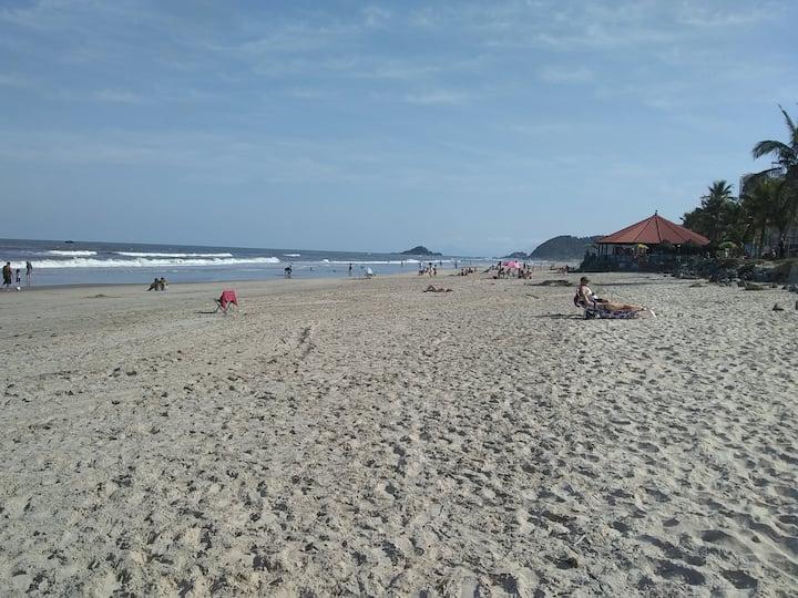 Apartamento à 50 metros da praia - Itanhaém