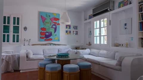 2 Bedroom Spacious Apartment GF, Kanala sea side!