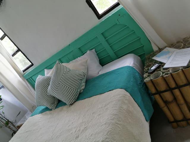 Moderno, equipado, apartamento