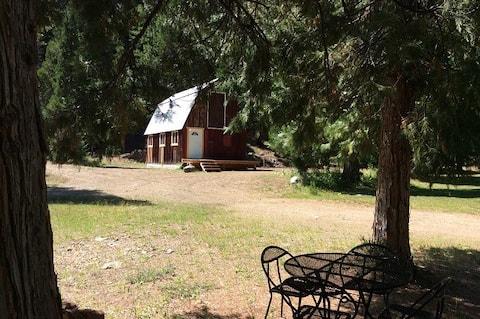 Big Bear Barn at Sunflower Cabins