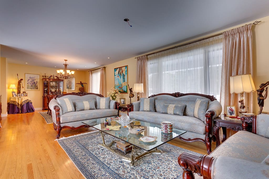 Luxuriously furnished Formal Living Room