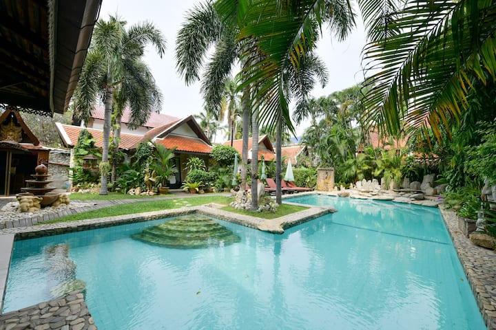⭐Sun & Sanctuary Private Resort 1 km to Walking St
