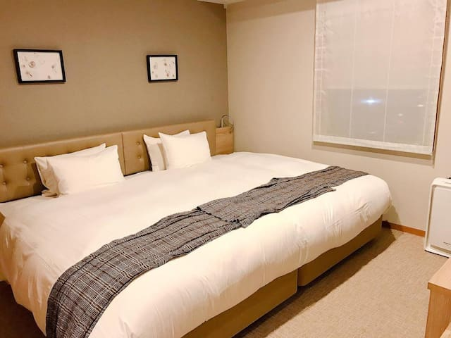 A revitalizing stay in Tokyo ! Non-smorking hollywood twin room