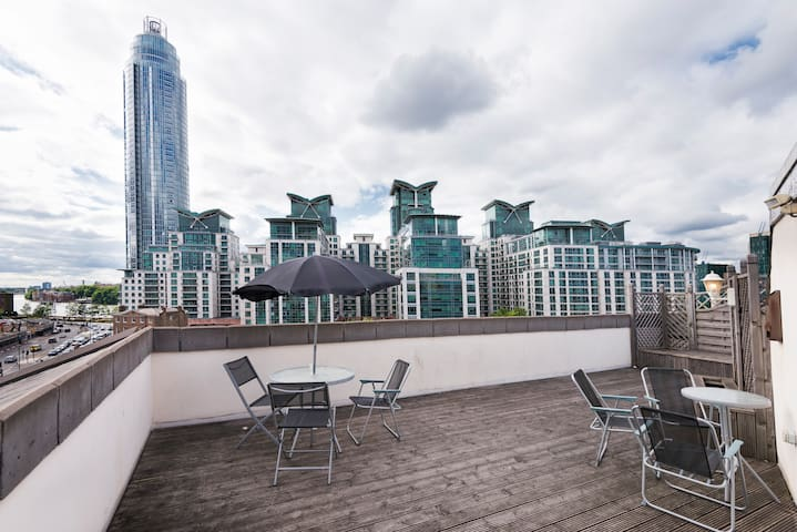 -20%! Modern and bright penthouse Vauxhall.