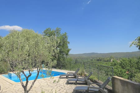 Hill top Villa with pool and garden - Lorgues - Villa