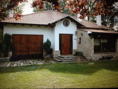 Casa rural en La Virgen de la Vega