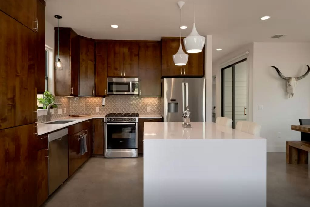 Modern Two Bedrooms Shared Bath Downtown Atx Houses For Rent In Austin Texas United States