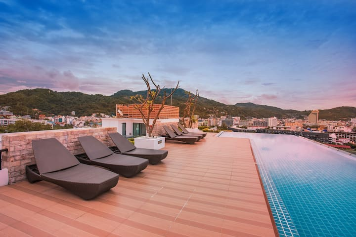 Modern 1-bedroom condo, skypool  seaview, Patong❤️