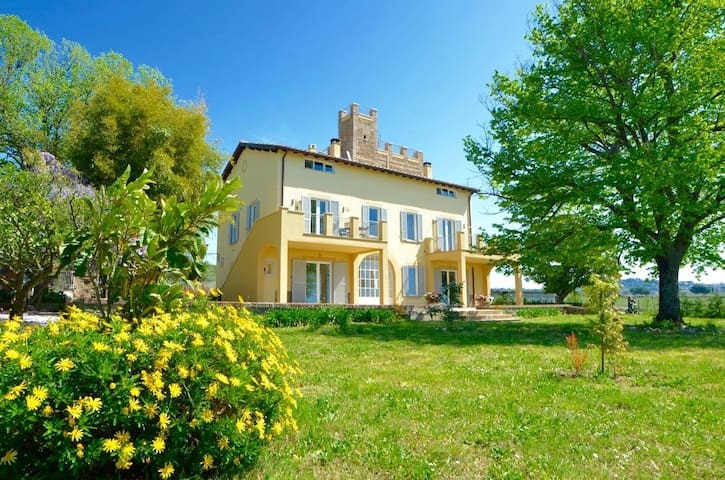 COUNTRY HOUSE NEAR ROME - B&B Casale del Gelso - Genzano di Roma