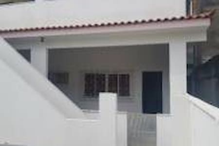 Casa para estudantes (Gênero Feminino)