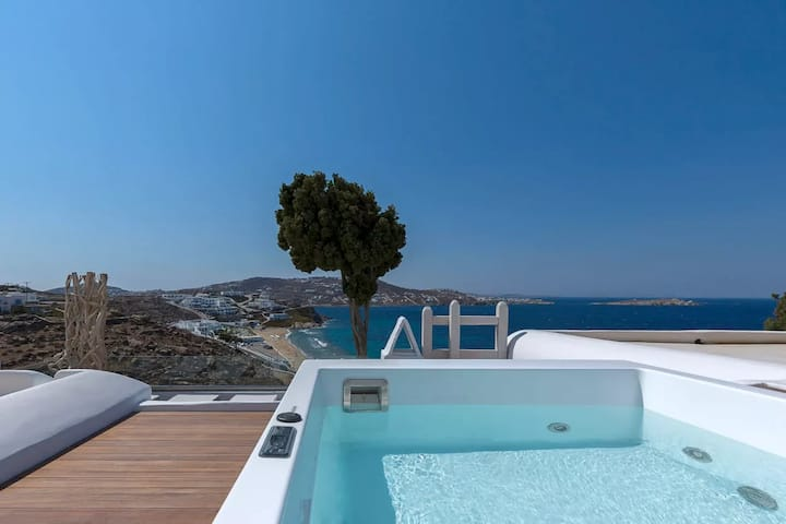 Junior Suite   Sea View & Outdoor Hot Tub