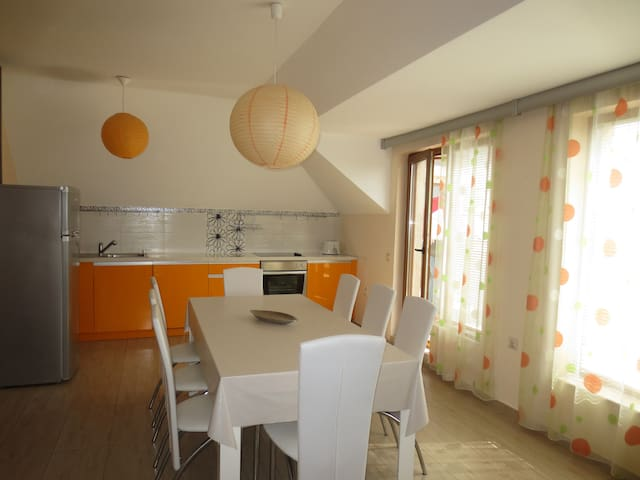 Deluxe Apartment /2+2/ in Fantasy Apartments - Saints Constantine and Helena - Appartement