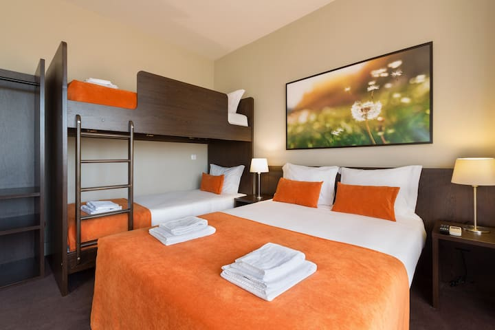 Riversuites  - Family Room 3 Pax