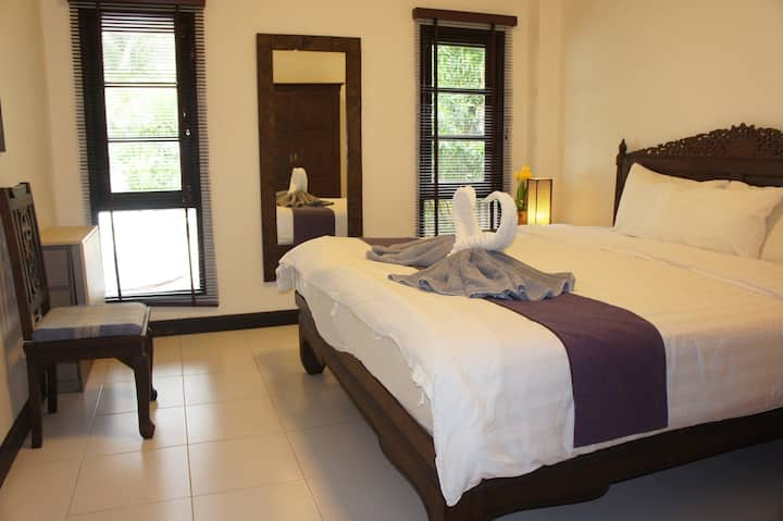 Phuket Gay Homestay - Private Room B