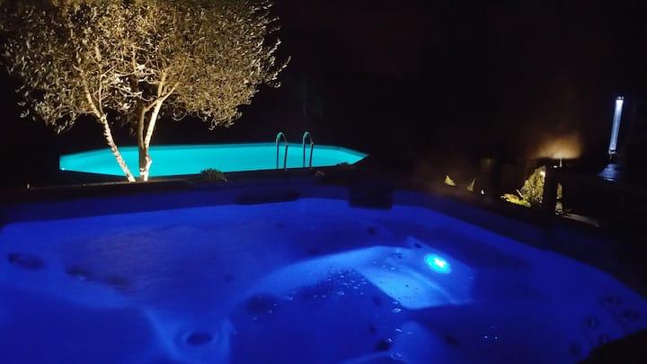 Tres beau gite avec piscine et spa
