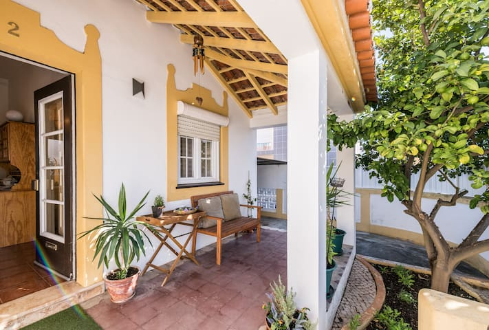 Charming Lemon Tree House @ Portimão Riverside