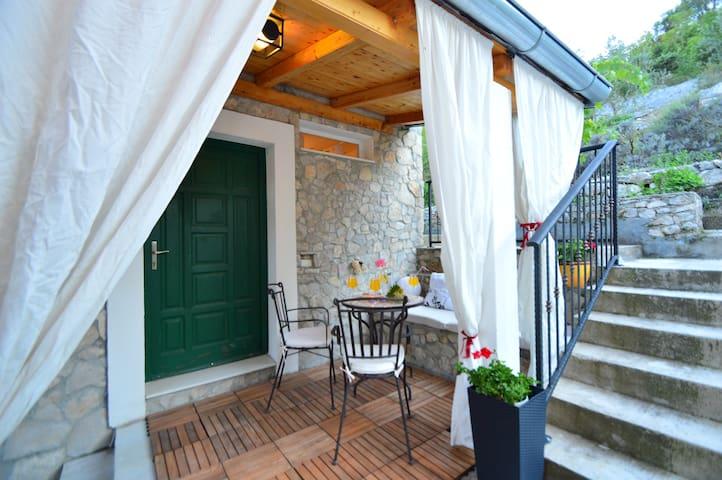 Small apartment in Zaton - Zaton - Διαμέρισμα