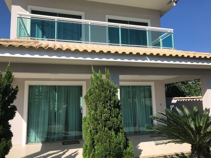 Casa Linda de Condomínio em Praia Seca - Araruama